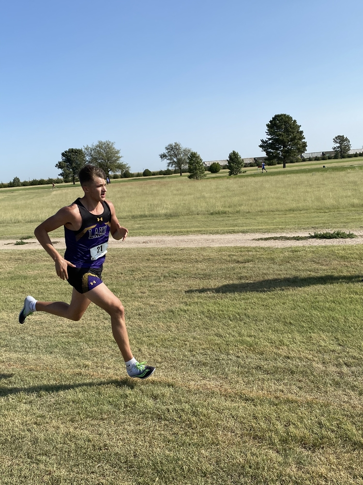 Cross Country Competes at Greeley Co.