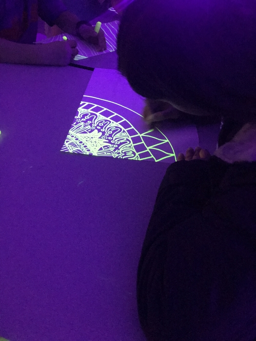 Blacklight drawing